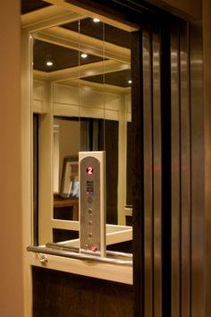Daytona elevator residential elevators home elevators for Home elevators direct