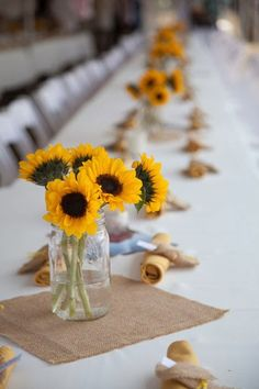 Sunflower Wedding Theme   Wedding Centerpieces. http://simpleweddingstuff.blogspot.com/2014/02/sunflower-wedding-theme.html