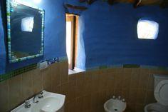 Building a house with your own hands Casa Yurt, Super Adobe, Loft, Building A House, Bathtub, Bathroom, Mirror, Furniture, Home Decor