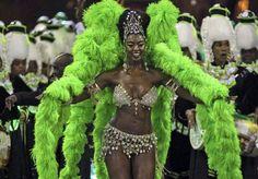 熱狂・リオのカーニバル!南米サンバのまとめ