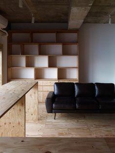 nakameguro room s ~ yuichi yoshida & associates Beautiful Interior Design, Home Interior Design, Interior Architecture, Interior And Exterior, Mini Loft, Plywood Projects, Traditional Interior, Plywood Furniture, Interior Inspiration