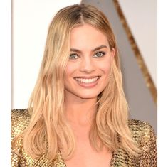 Margot Robbie 2016 Oscars hairstyle