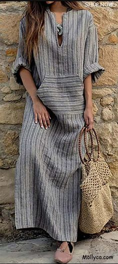 How to wear maxi dress casual ? just look at V Neck Kangaroo Pocket Striped Maxi Dresses Striped Maxi Dresses, Linen Dresses, Dresses Dresses, Floral Maxi, Woman Dresses, Vintage Dresses, Maxi Skirts, Fall Dresses, Ruffled Dresses