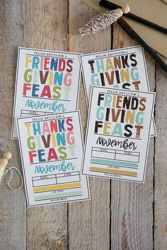 Free Printable Thanksgiving Invitations - Includes Friendsgiving Invites too! Traditional Thanksgiving Recipes, Thanksgiving Traditions, Thanksgiving Games, Thanksgiving Decorations, Friends Thanksgiving, Holiday Decor, Thanksgiving Invitation, Free Printables, How To Memorize Things
