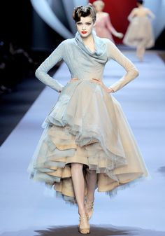 froth and flounce...I think Kelly K would be beautiful in this! Gorgeous ombré from powder blue to nude...
