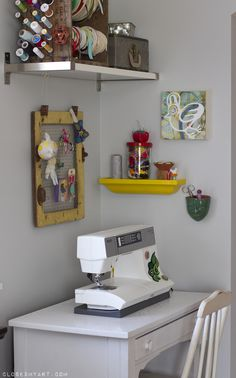 Cute sewing nook