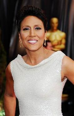 Robin Roberts leaves 'Good Morning America' during blood disease treatment (Ethan Miller / Getty Images)