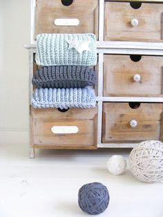 chunky tshirt yarn zpagetti crochet cushions in vintage cabinet Crochet Fabric, Crochet Cushions, Fabric Yarn, Crochet Home, Diy Crochet, Attic Craft Rooms, Crochet Owl Basket, Finger Knitting, T Shirt Yarn
