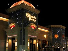 Cheesecake Factory Restaurant in Mayfair Mall Milwaukee, Wisconsin - Google Search