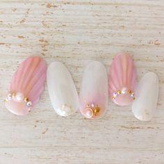 人魚の鱗違う角度で6月15日~7月末まで、¥7,500→¥6,500✨Instagram* nail1002|ネイルデザインを探すならネイル数No.1のネイルブック