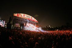 A complete line-up for the 2015 Laneway Festival in Singapore! (January 24, 2015)