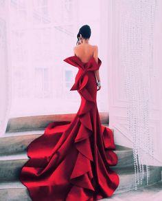Red Mermaid Portrait Prom Dresses Sexy Off Shoulder Big Bow Zipper Backless Celebrity Party Gowns Dubai Satin Chapel Train Evening Gowns Evening Dresses, Prom Dresses, Formal Dresses, Dress Prom, Elegant Dresses, Pretty Dresses, Glamorous Dresses, Couture Dresses, Fashion Dresses