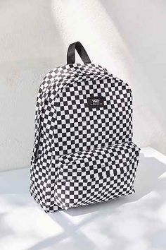 This retro black and white patterned backpack is one that teens will love as they head back-to-school. It's the perfect backpack for high school. This retro black and white patterned backpack is Cute Backpacks For School, Girl Backpacks, Leather Backpacks, Leather Bags, Black Backpack, Backpack Bags, Duffle Bags, Messenger Bags, Vans Rucksack