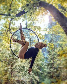 Ideas Pole Dancing Men Aerial SilksYou can find Aerial silks and more on our Ideas Pole Dancing Men Aerial Silks Aerial Hammock, Aerial Hoop, Aerial Arts, Aerial Acrobatics, Aerial Dance, Aerial Silks, Pole Dance, Flying Trapeze, Silk Dancing