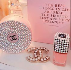 Image uploaded by ivalina_borisova. Find images and videos about pink, quotes and nails on We Heart It - the app to get lost in what you love. Cute Pink, Pretty In Pink, Pink Diamond Ring, Luxury Lifestyle Fashion, Boujee Aesthetic, Princess Aesthetic, Everything Pink, Pink Princess, Coco Chanel