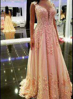 Buy Elegant Long Appliques V-Neck Prom Dress-Tulle Backless Prom Dress 2016 Prom Dresses under US$ 165.99 only in SimpleDress.