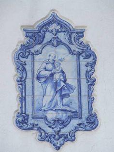 Concelho de Leiria :: Azulejaria de Aveiro Design, Pencil Art, Drawings, Painting, First Tattoo, Art, Painting Tile, Catholic Art