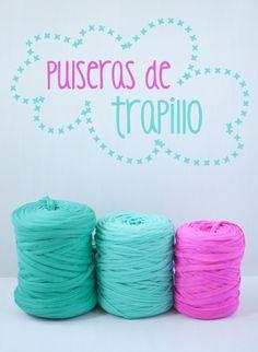 Azucarillos de Colores: Pulseras de Trapillo, paso a paso. Diy Crafts Videos, Diy Craft Projects, Diy Crafts For Kids, Crotchet Bags, Crochet Box, Fabric Necklace, Fabric Jewelry, Presents For Boyfriend, Bracelet Crafts