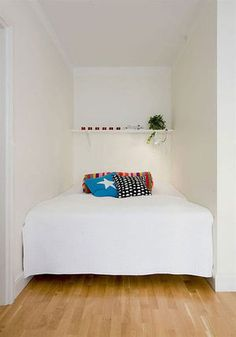 Small Bedrooms and Bed Nooks Inspiration Gallery | Apartment Therapy