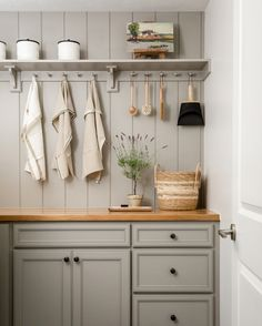 """House of Jade on Instagram: """"You know what they say about laundry rooms— make them so pretty you'll actually want to do laundry. This one from the #havencrestremodel is…"""" Mid-century Interior, Interior Design, Kitchen Interior, Hidden Pantry, Laundry Room Inspiration, Cabinet Inspiration, Design Inspiration, Design Ideas, Built In Seating"""