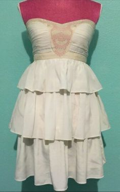 Size medium minuet embroidered top dress 20 shipped