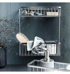 Skab orden på dit badeværelse med denne stilfulde dobbelt kurv fra House Doctor.  Fremstillet i rustfrit stål.  Mål: L:28 x B:11,5 x H:33,3cm