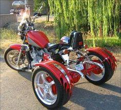 Vince Robel's Conquest trike is a different breed of custom motorcycle. Custom Trikes, Custom Choppers, Tricycle, Motos Harley, Harley Freewheeler, Harley Davidson Trike, 3rd Wheel, Cool Motorcycles, Hot Bikes