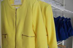 *Tendencias* Prendas parisinas! AHORA REBAJADAS  CHAQUETA > http://www.colettemoda.com/producto/chaqueta-amarilla/ SHORT > http://www.colettemoda.com/producto/short-klein/  #colettepalencia #moda #verano #rebajas #outfit #paris