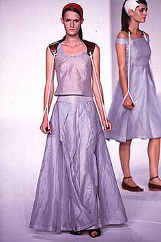 Chalayan Spring 2000 Ready-to-Wear Fashion Show - Hussein Chalayan–