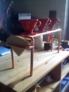 """Harios Pour station. i used a 2.5"""" space to balance the v60. witch also works perfictly for balancing the Clever Coffee Dripper, Melita 1x4, V60 #1 and Filtropa #1 size cones."""