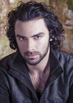 Previous pinner says: Aidan Turner by Sarah Dunn. *faints* Check out her photography, it's awesome! She did shoots with the casts of the Hobbit, Harry Potter, GoT.