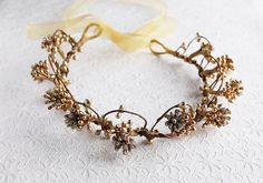 Gold Berries Crown, Rustic Head Piece, Gold Woodland Crown, Bridal Head Wreath, Gold Boho Halo, Gold Hair Crown, Flower Girl Halo, Gold Halo