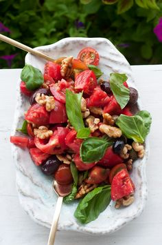 Marshalls Abroad: Farm to Table: Simple and Delicious Tomato Walnut Salad