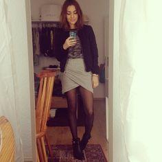 via madametamtaaam - #manicmonday OOTD #h&m shirt and jacket #zara skirt #tamaris boots #youcanneverbetoooverdressed