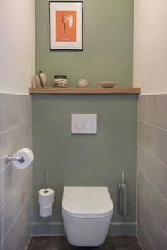 Comment sublimer un appartement neuf ? Small Toilet Decor, Small Downstairs Toilet, Small Toilet Room, Downstairs Bathroom, Small Bathroom, Bad Inspiration, Bathroom Inspiration, Wc Decoration, Toilet Tiles
