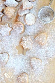 Biscuiti bretoni cu unt via Biscotti, Sweet Recipes, Homemade, Cookies, Sweet Stuff, Christmas Ideas, Instagram, Brittany, Bakken