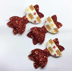 Check out this item in my Etsy shop https://www.etsy.com/uk/listing/572156703/gingerbread-man-christmas-bow-red-tinsel