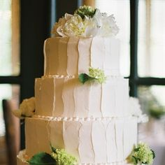 Knowing the multicourse dinner would be on the heavier side, Natalie and Trevor opted for a light angel food cake frosted with buttercream.
