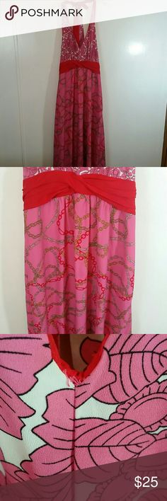 """Maxi Dress New York & Co Floral Print Size L New York & Co floral top and chain link bottom design with chiffon cumberbun. This free flowing maxi dress is fully lined. Stitching a little loose at neck (see photo). Size L. Waist 36"""", length 65"""". New York & Company Dresses Maxi"""