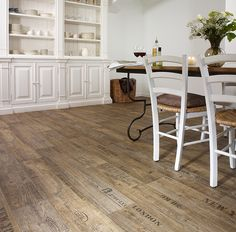 Sheet Vinyl // IVCus: Flexitec Uptown Flare // Scratch, Scuff and Stain Resistant // Waterproof // Product Name: Beale 549