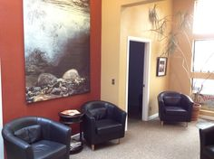 The Spa at Pacific Wellness Waiting Room www.pacificwellness.net www.facebook.com/pacificwellness twitter & instagram: @pacwellandspa