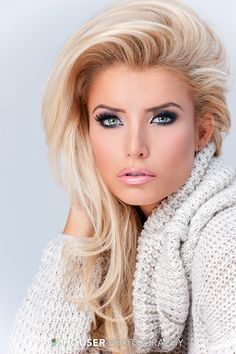 Her hair looks great, but let's face it: this girl could put a mop on her head and still look like a million bucks. Pageant Makeup, Pageant Hair, Beauty Makeup, Hair Makeup, Hair Beauty, Gorgeous Eyes, Gorgeous Women, Pageant Headshots, Blonde Beauty