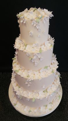 Blossom flowers wedding cake