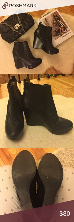 SALE🤑🤑🤑Michel Kors leather booties Beautiful Michael Kors black leather booties, size 9 Michael Kors Shoes Wedges