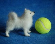 Needle Felted Animals, Felt Animals, Needle Felting, Dog Sculpture, Sculptures, Felt Dogs, Samoyed, Dog Portraits, Felt Art