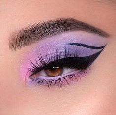 Discovered by K I T T Y. Find images and videos about pink, eyes and make up on We Heart It - the app to get lost in what you love. Cute Eye Makeup, Edgy Makeup, Makeup Eye Looks, Creative Makeup Looks, Eye Makeup Art, Gorgeous Makeup, Eyeshadow Makeup, Flawless Makeup, Simple Eyeshadow Looks