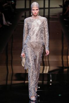 Giorgio Armani Privé - Haute Couture Spring Summer 2014 - Shows - Vogue.it