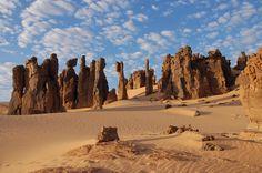 Risultati immagini per deserto algerino immagini