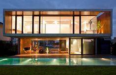 modern-design-home-pool