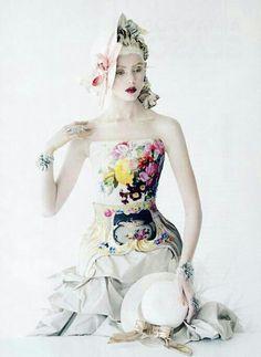 en dit is de hele rozen jurk